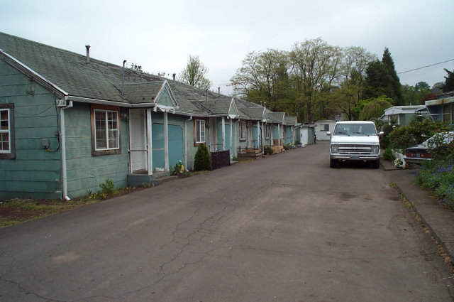 The cabins/appartments at 716 N Second Street in Silverton, where Cap Oveross was living when Ervin was shot.  Cap's cabin was #6, the farthest one away in this picture.